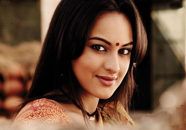 Sonakshi Sinha, most beautiful bollywoord actresses