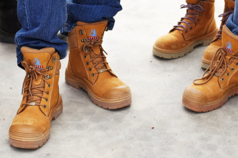 Composite Vs. Soft Toe Waterproof Work Boots – Which Ones to Get?